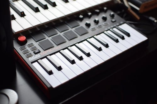 Best Midi Keyboard 2020.The 5 Best Midi Controllers Of 2019 Musicalley