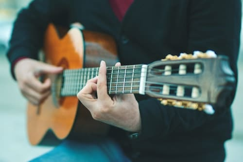 bluegrass guitar reviews